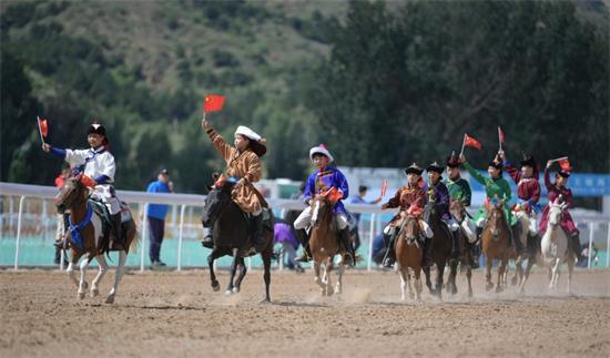 中国•内蒙古马赛暨第六届内蒙古国际马术节青城大角逐